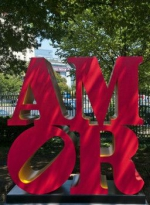 amor-robert-indiana-new-york-street-art