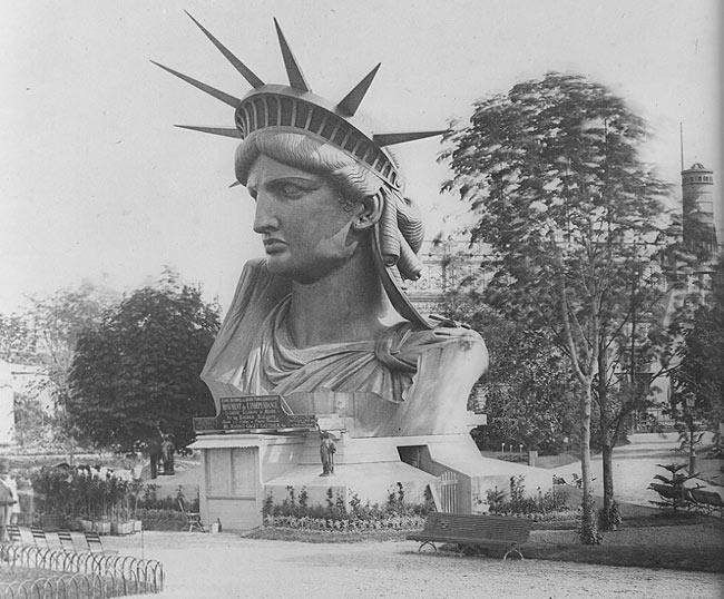 construction statue de la liberté paris