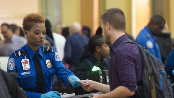 douane-usa-aeroport-new-york