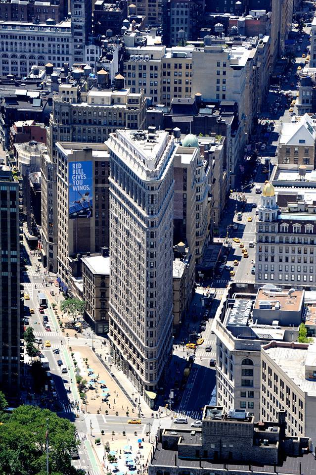 flatiron building new york manhattan