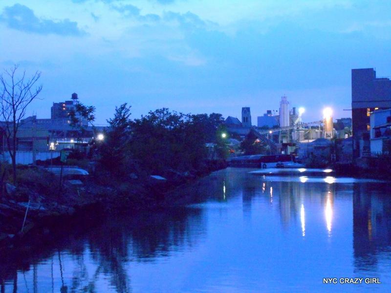 gowanus-canal-brooklyn-new-york-newyorkcrazygirl-1
