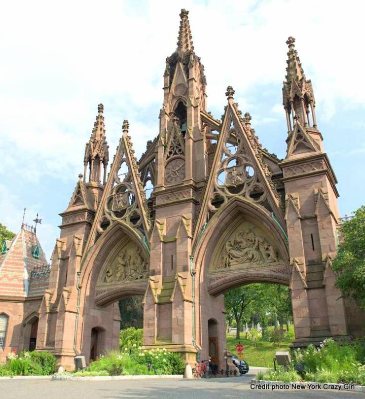 greenwood cemetery brooklyn.jpg