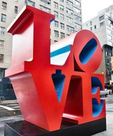 love-robert-indiana-new-york-street-art