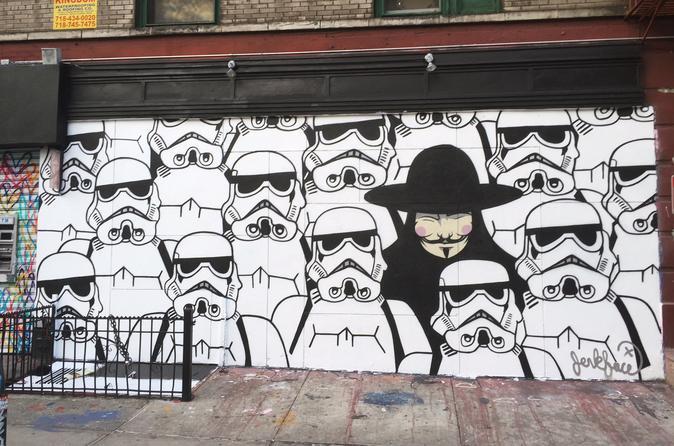 lower-east-side-street-art-tour-in-new-york-