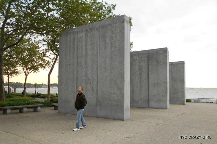 memorial-battery-park