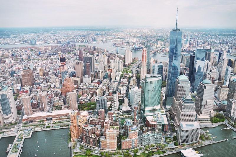 new-york-city-skyline-helicoptere