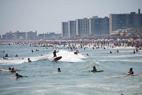 rockaway-beach-queens-new-york-surf