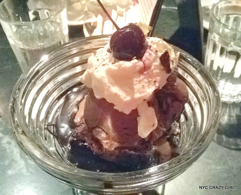 the-chocolate-room-brooklyn-food-sundae-new-york