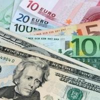 Échanger des euros en dollars : quand et comment ?