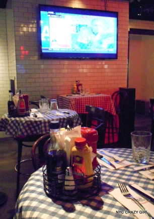 bills-bar-and-burgher-new-york-rockefeller-center-food-2