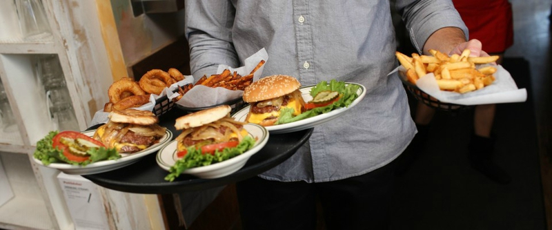 bills-bar-and-burgher-new-york-rockefeller-center-food-4