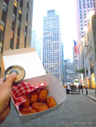 bills-bar-and-burgher-new-york-rockefeller-center-food-corn-dog