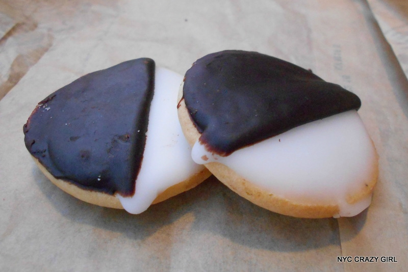 black-and-white-cookie-new-york-1