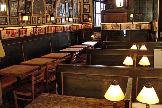 chumleys-speakeasy-new-york