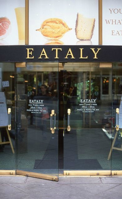 eataly-food-hall-food-new-york-manhattan