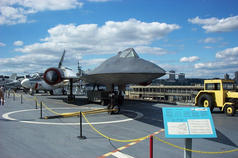 intrepid-museum-new-york-manhattan-3