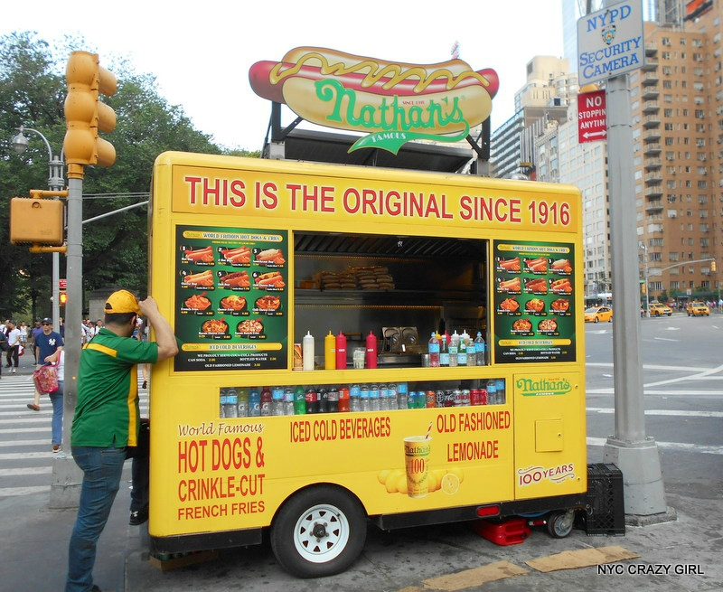 nathans-food-truck-hot-dog-new-york-food