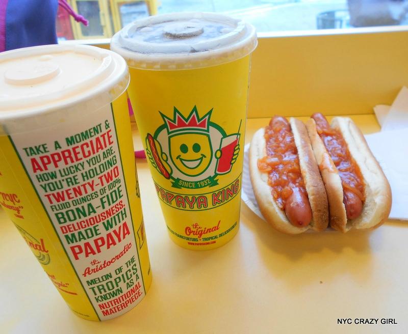 papaya-king-hot-dog-food-new-york-manhattan-1
