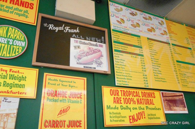 papaya-king-hot-dog-food-new-york-manhattan-4