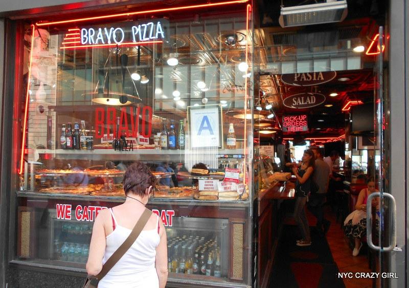 pizza-new-york-food-bravo-pizza-manhattan