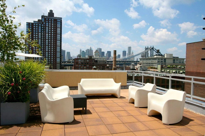 rooftop-new-york-bar-skyline-vue-observatoire-plateforme