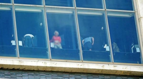 rooftop-new-york-bar-skyline-vue-observatoire-standard-hotel-high-line