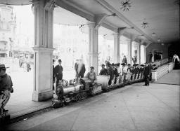 Surf Avenue luna park coney island brooklyn 1905 (6)