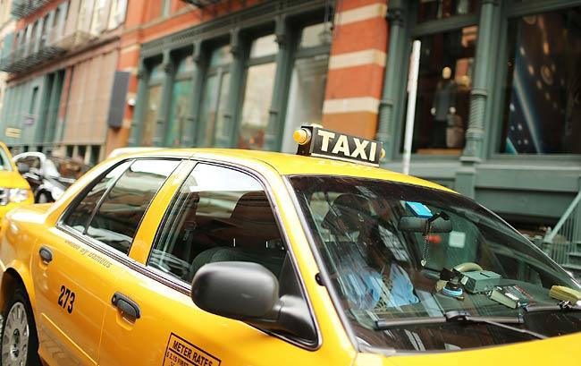 taxe-vomi-new-york-vomit-tax-taxi-1