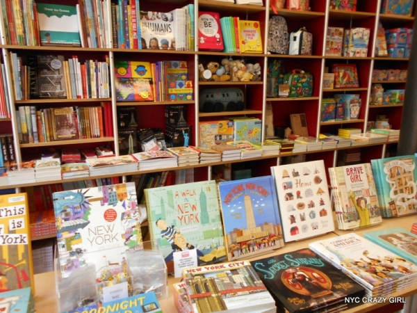 tenement-museum-shopping-musee-cadeau-new-york-lower-east-side-livres
