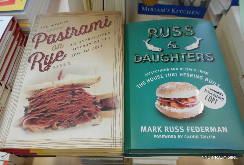 tenement-museum-shopping-musee-cadeau-new-york-lower-east-sidepastrami-russ-and-daughters-casher-juif-deli