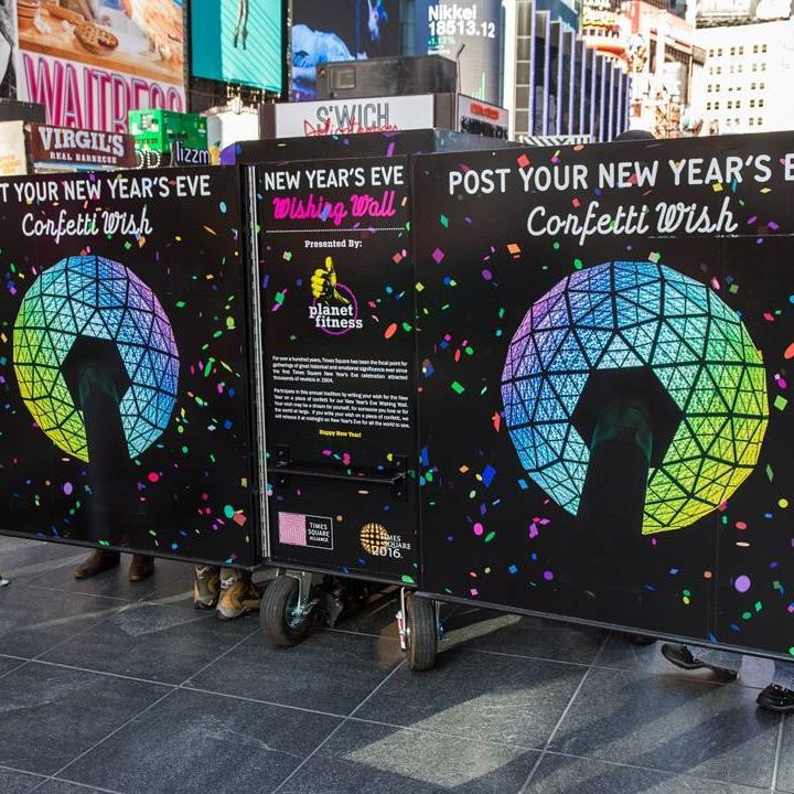 time ball times square new york.jpg