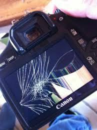 appareil photo cassé écran voyage