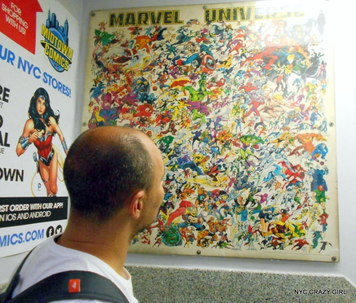 midtown comics marvezl super-héros times square new york (11)