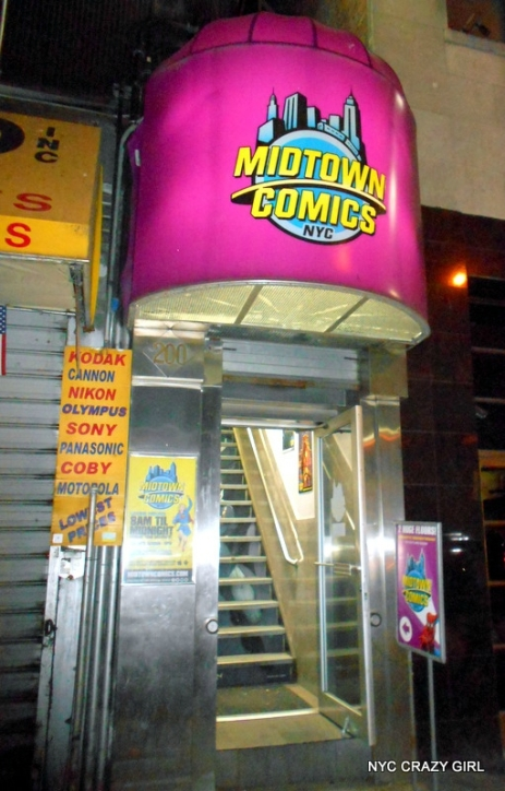 midtown comics marvezl super-héros times square new york