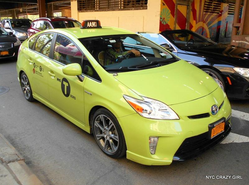 taxi vert boro taxi new york.jpg