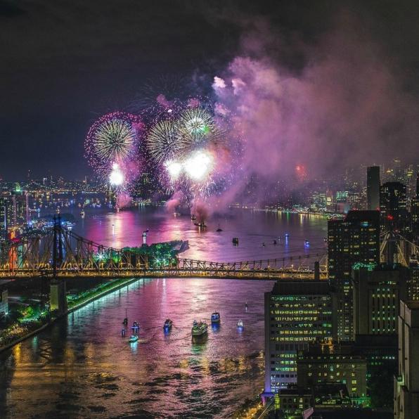feu artifice 4 juillet new york brooklyn