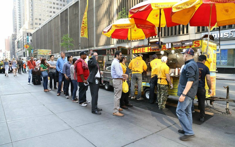 the halal guys new york food kebab food truck (1)