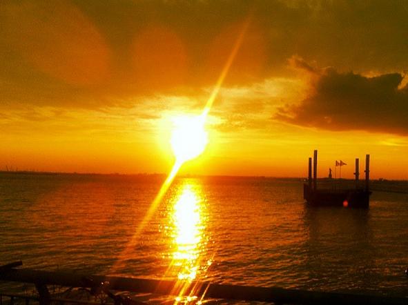 coucher de soleil red hook brooklyn new york (1)