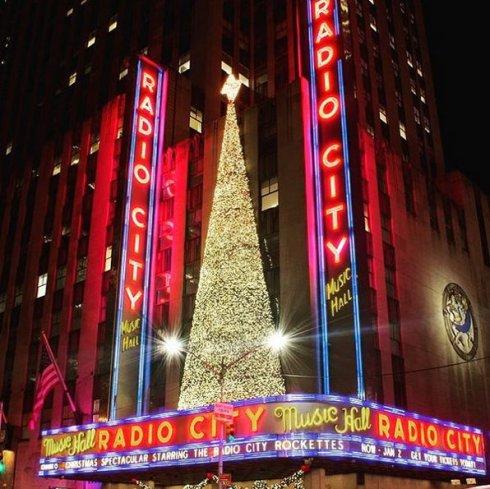 radio city music hall noel new york
