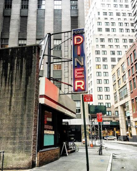 Pearl Diner (à l'angle de Pearl street et Fletcher street)