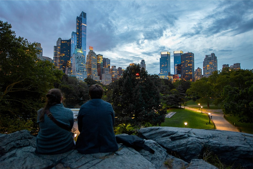 couple central park