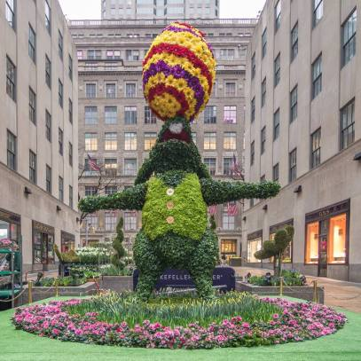 eastr bunny rockefeller center