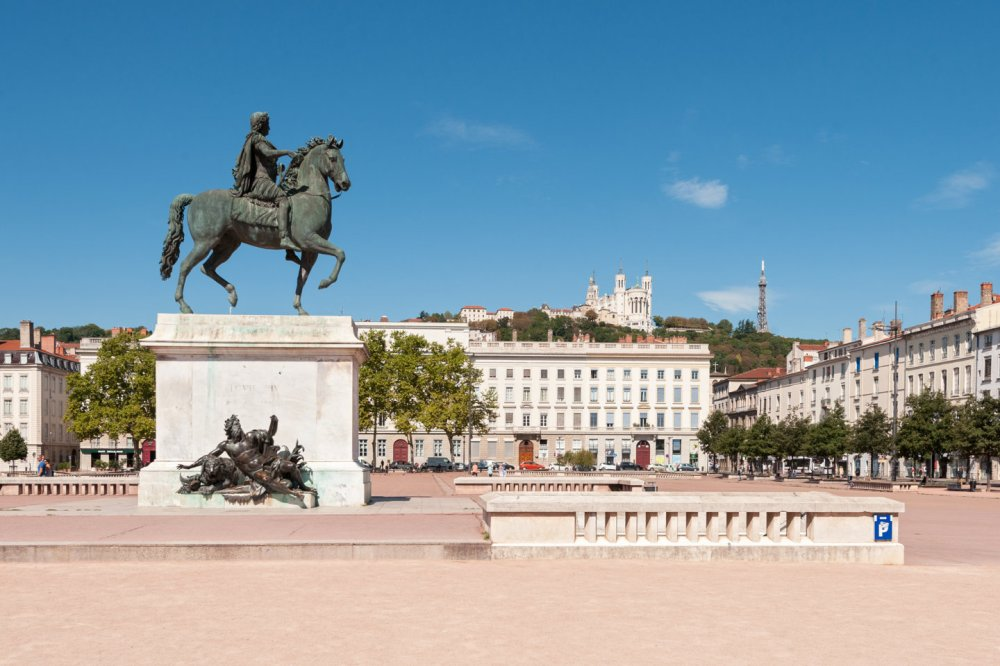 place bellecour.jpg