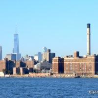 WNYC Transmitter Park : admirer Manhattan depuis Greenpoint